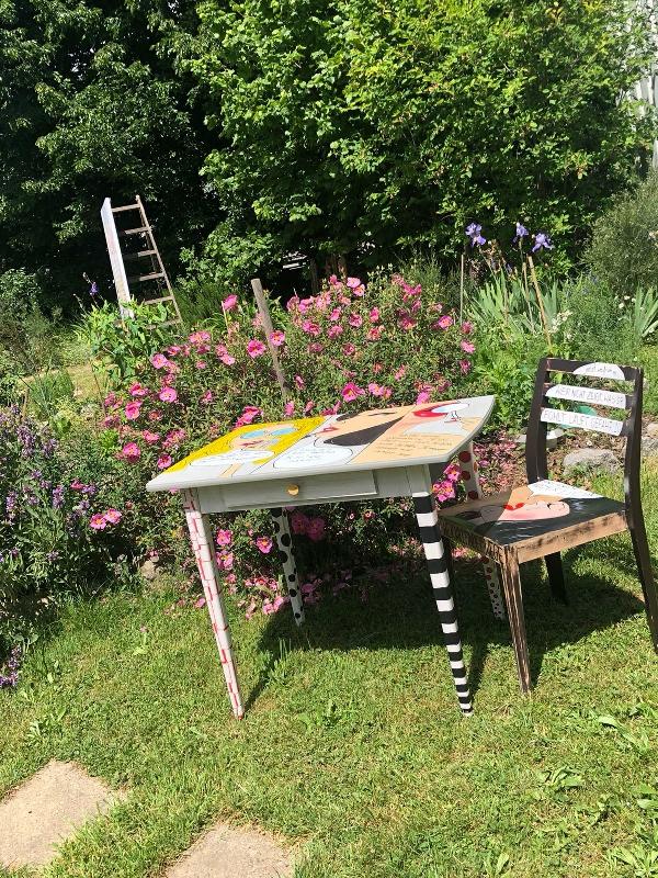 Tisch und Stuhl Zuzanna Rosswog